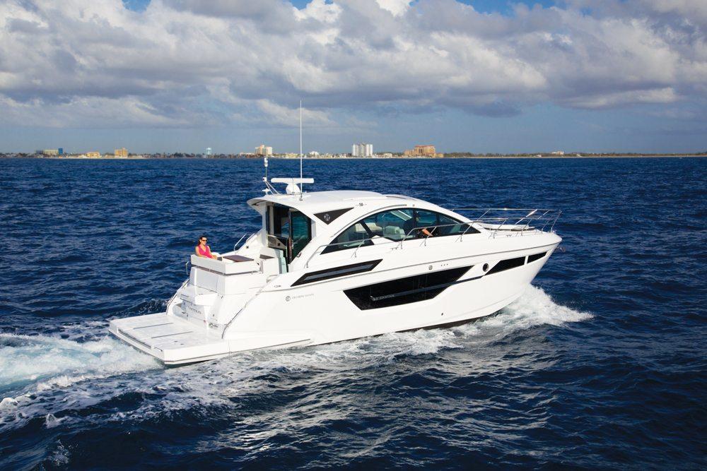 Cruisers boat